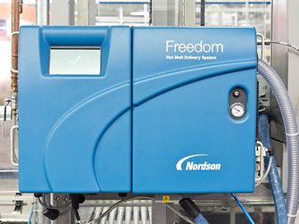 The FreedomTM system combines especially developed hotmelt adhesives under the Technomelt brand
