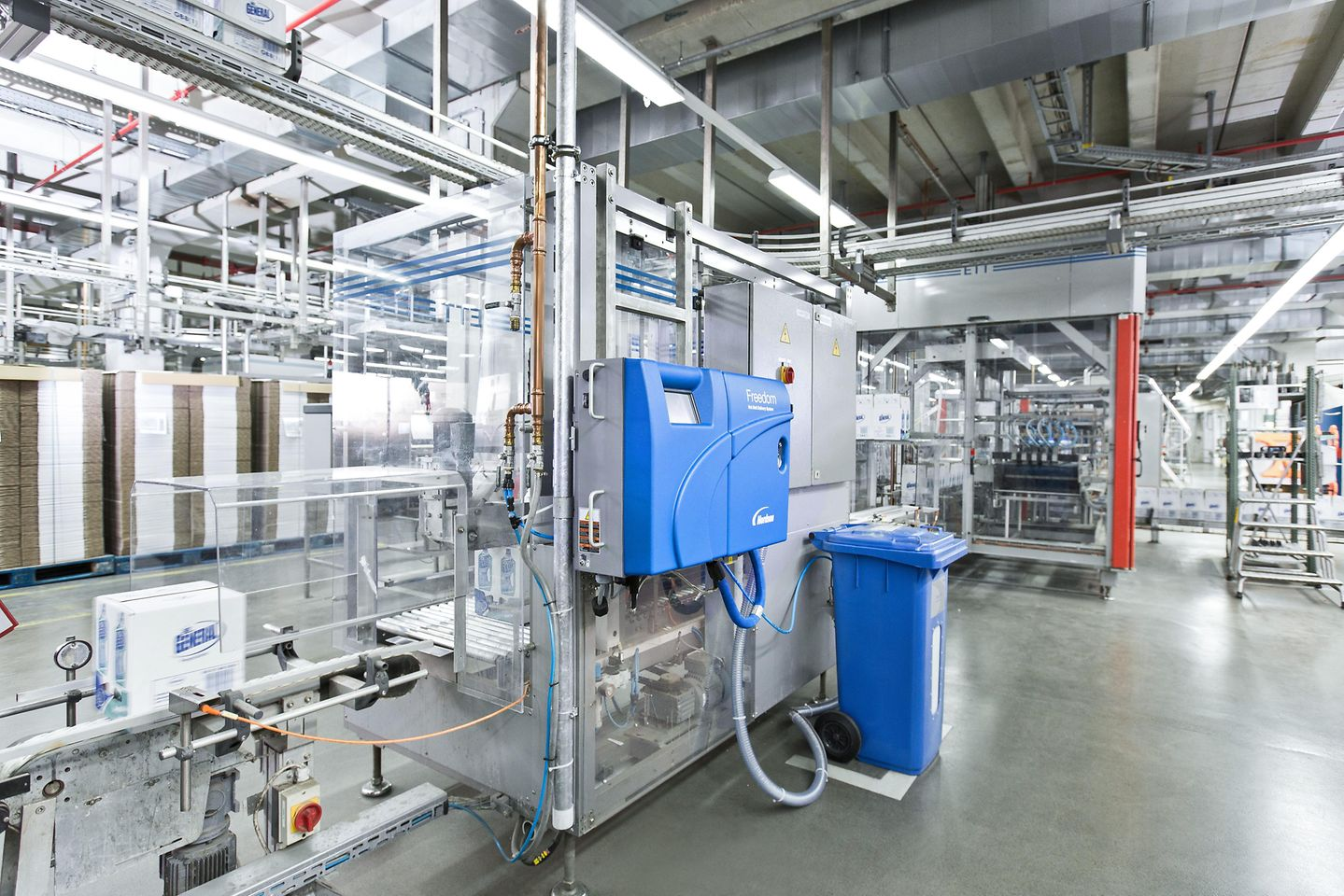The Freedom™-system in the Henkel liquid laundry detergent production facility in Dusseldorf