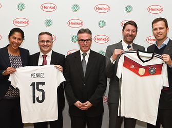 Steffi Jones, Carsten Knobel, Helmut Sandrock, Kasper Rorsted and Oliver Bierhoff