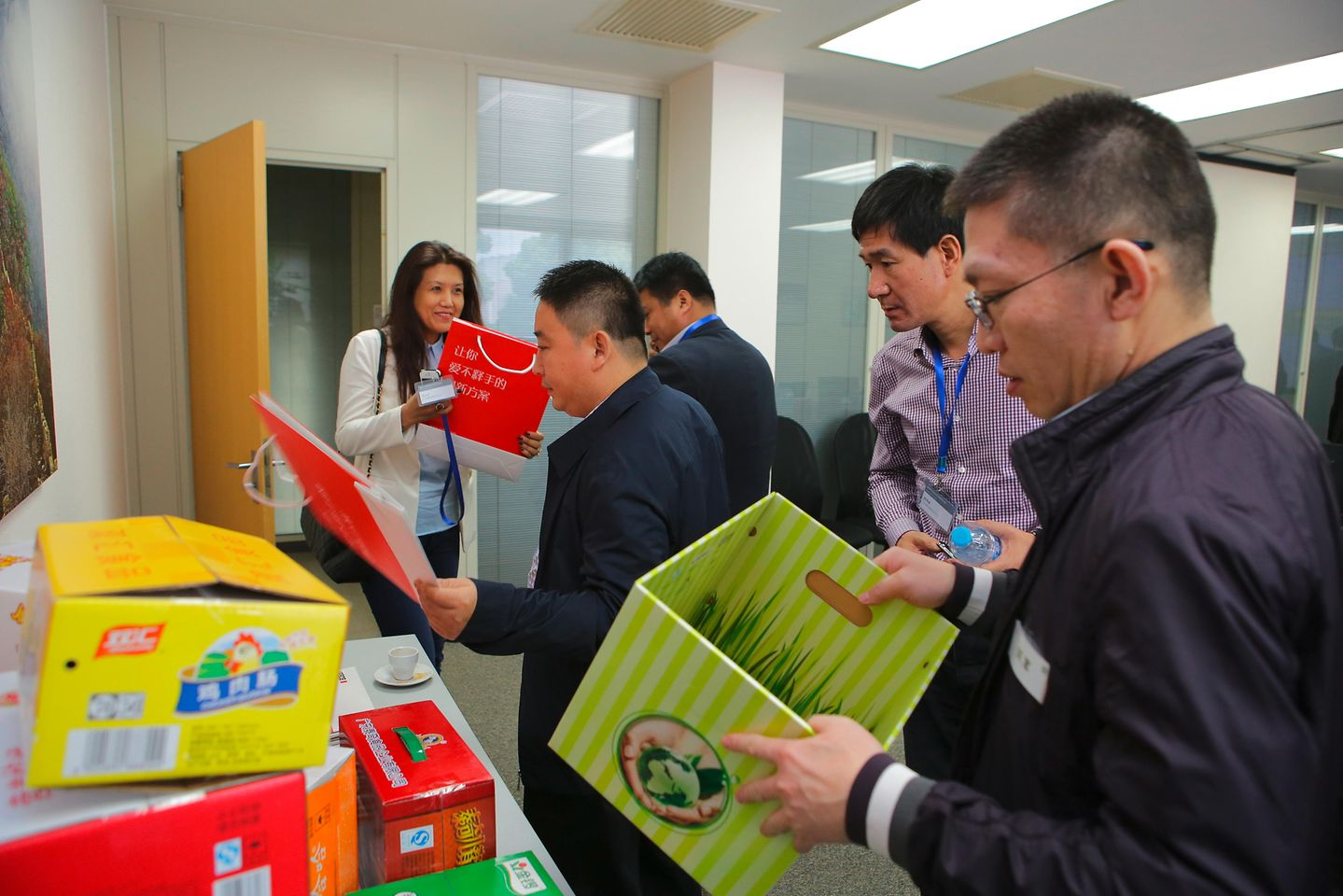 CEOs and general managers from paper packaging industry were checking out Henkel adhesive solutions for folding carton.