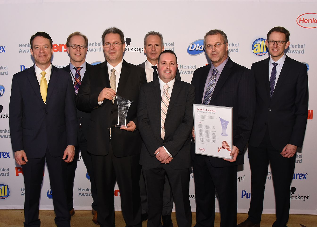 Sustainability Award Laundry & Home Care / DuPont (winner): William F. Feehery, Arjen Hoekstra, Markus Scharf, Joop van der Laan, Wayne Ashton, Frans van Gastel, Michael Dreja